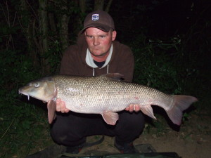 RIVER MEDWAY - Adam Honeysett - 14lb 1oz Barbel
